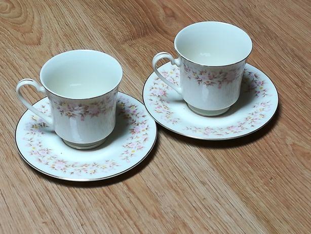 Chávenas de chá em cerâmica