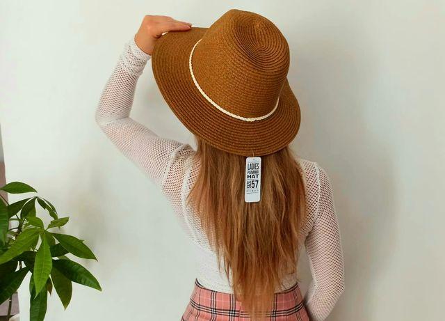 Nowy kapelusz z białą plecioną opaską rozmiar 57cm