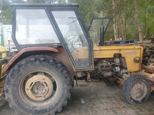 Traktor  C363 P 1989