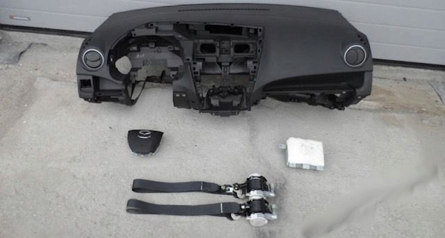 Mazda 5 tablier cintos airbags