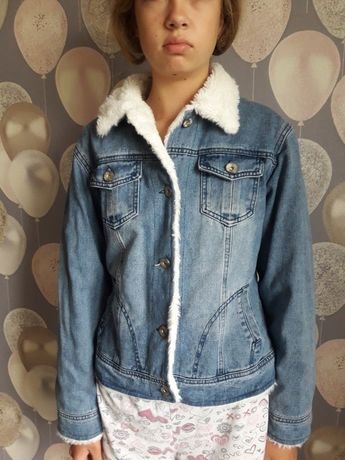 Джинсовая куртка пиджак с мехом