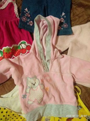 Пакет вещей на девочку от 0 до 3 месяцев.
