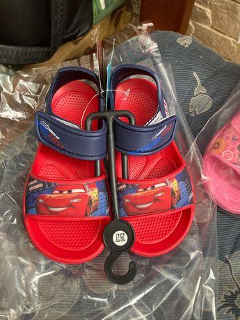 Sandałki dla chłopców