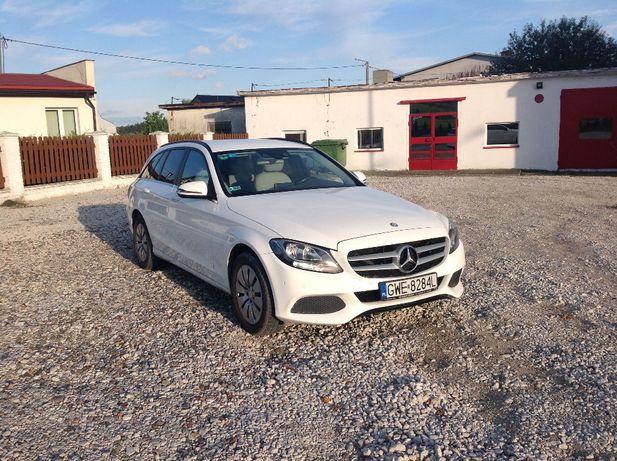 Mercedes Klasa C kupiony w Polsce - Faktura VAT