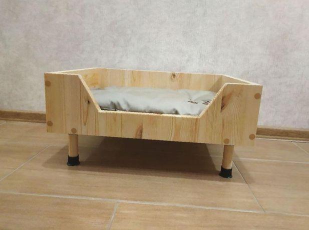 Надёжная лежанка-домик для собаккошек 2 цв 55 см из дерева ЭКО