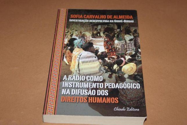 A Rádio Como Instrumento Pedagógico