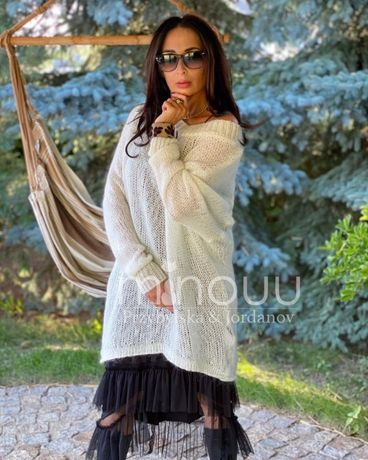 Moherowy Sweter Oversize Ecru Czarny -Minouu -modalux.pl