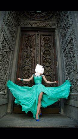 Вечірня( випускна) сукня