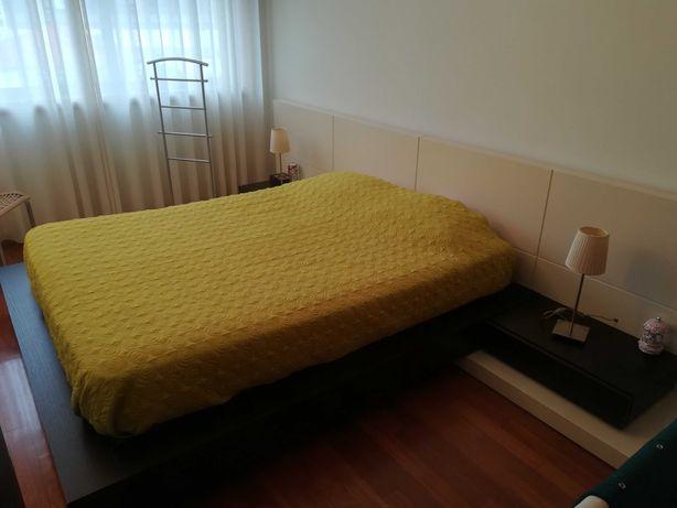 Mobília de quarto de casal moderna