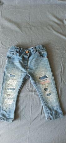 Jeansy dla dziewczynki 9-12 mcy