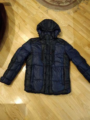 Продам зимнюю куртку подростковую