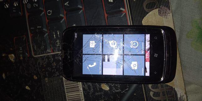 Продам nokia lumia 610 black