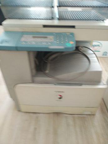 Продам принтер на запчасти или под ремонт
