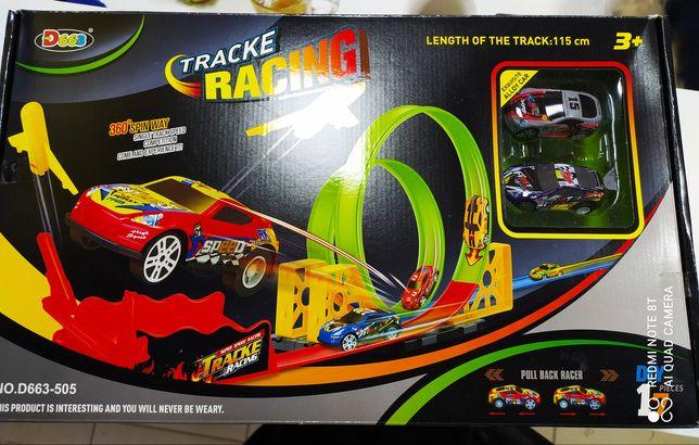 Продам новый детский авто-трек (по типу хот вилс hot wheels)