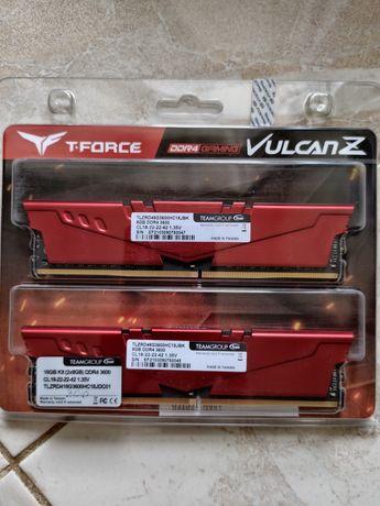 ОЗУ Team DDR4 16GB (2x8GB) 3600Mhz T-Force Vulcan Z Red (TLZRD416G3600