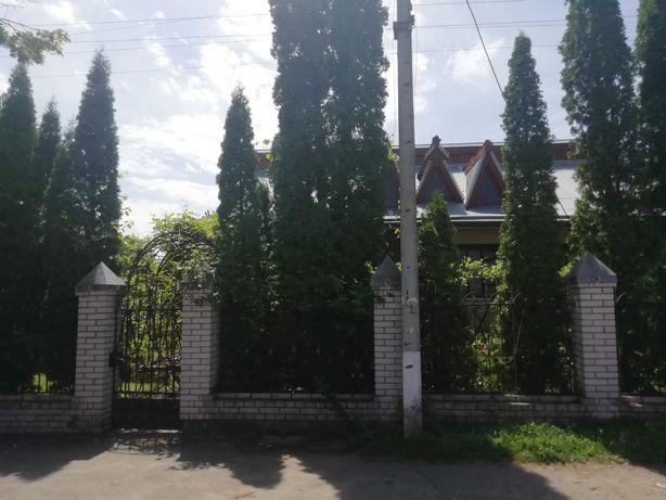 Продається будинок в центрі смт. Маньківка Черкаської області