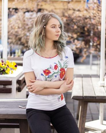 Туника с вышивкой футболка вишиванка біла с коротким рукавом.