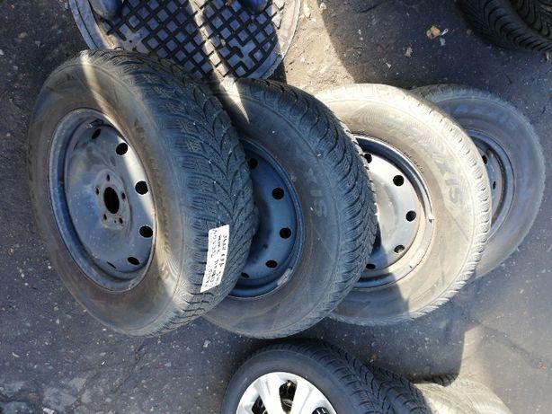 Koła zimowe opony 215/70R16 felgi ET45 5x114,3 Hyundai Tucson Wolsztyn