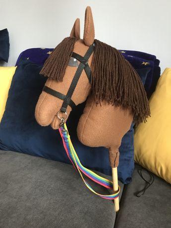 Hobby horse brązowy