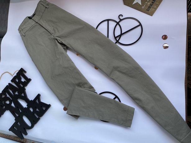 Штаны цвета хаки на высокой посадке от Reserved