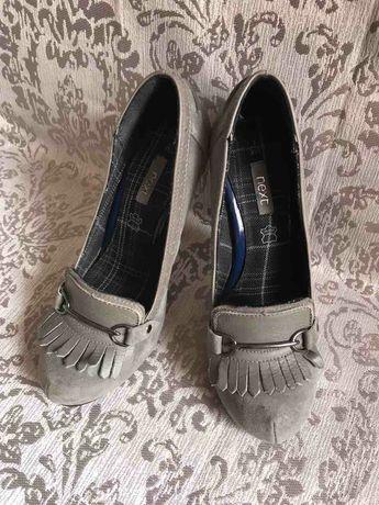 Продам туфли новые р.35-35,5