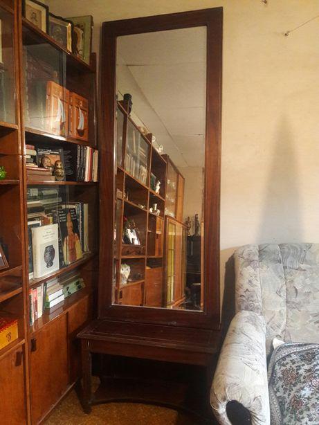 Винтажное зеркало для любителей старины