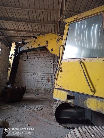 Экскаватор гусеничный Warynski Э-612