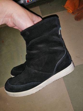 Демисезонньіе ботинки