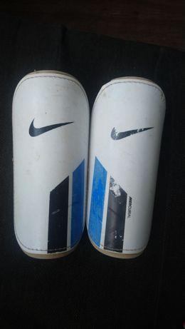 Щітки Nike mercurial