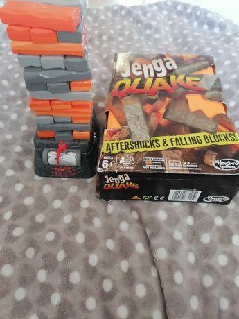 Gra Jenga quake