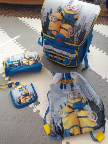 Rezerwacja Nowy tornister szkolny Minionki Minions z akcesoriami