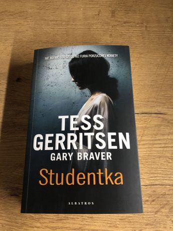 Studentka, Tess Gerritsen