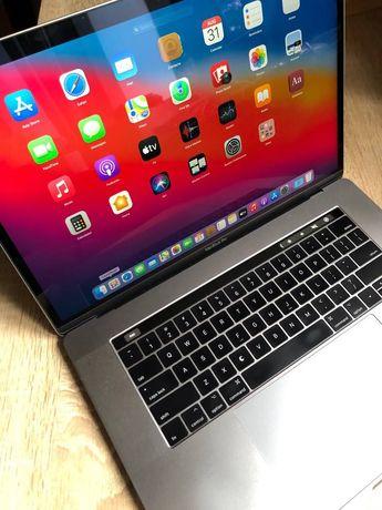 MacBook Pro 15 2016 i7/16Gb/256GB