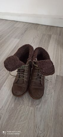 Buty damskie na obcasie rozmiar 38