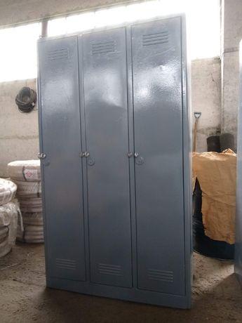 продам шкаф бытовой металический