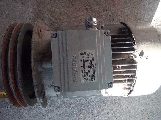 Silnik 940min elektryczny 1,5 kw
