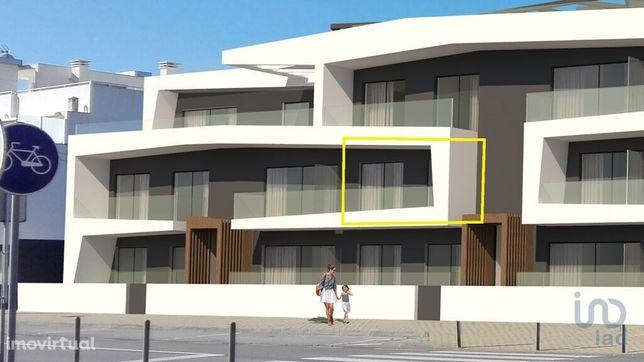 Apartamento - 68 m² - T2