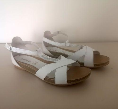 Sandały skórzane LASOCKI (40)