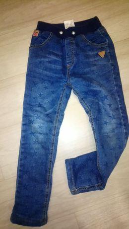 Тёплые джинсы на травке