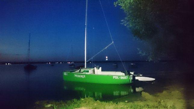 Łódka, jacht turystyczno-regatowa LG500 +przyczepa+silnik