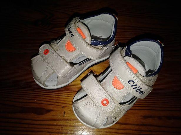 Clibee - sandałki chłopięce rozmiar 19 nowe