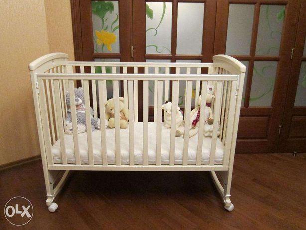 Детская деревянная кроватка Julia Lip Poljčane с качалкой!