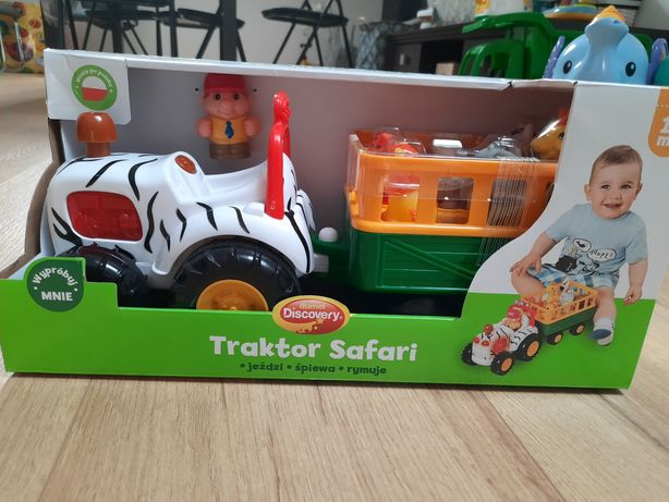 Traktor safari jezdzacy