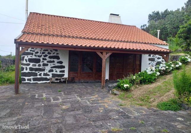 Moradia em Horta, Capelo