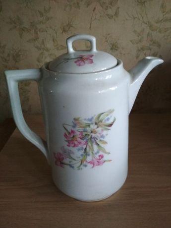 Продам чайник-кофейник фарфоровый 1,5 л.