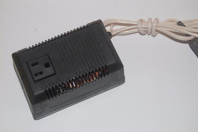 Перетворювач напруги (преобразователь напряжения) 220В->110В 160Ват