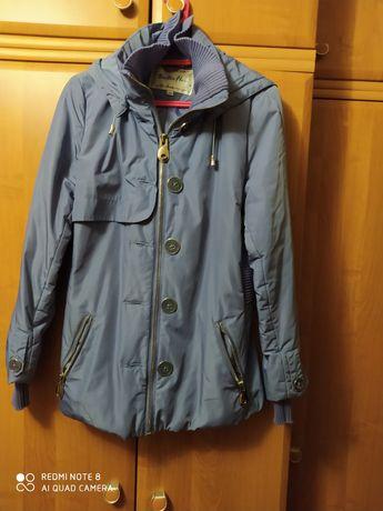 Куртка женская с капюшоном 100грн.