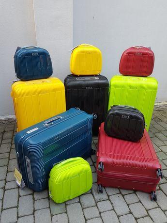 AIRTEX 637 Франція 100% поліпропилен валізи чемоданы сумки на колесах