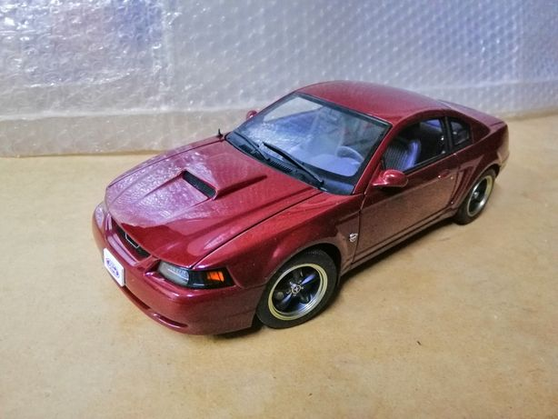 Autoart Ford mustang 1/18