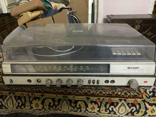Gira discos antigo da SHARP